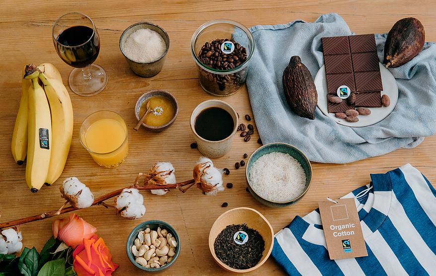 verschiedene Produkte aus dem Fairen Handel. Foto: © Ilkay Karakurt und Fairtrade Deutschland.